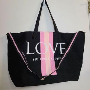 Victoria's Secret Love Weekender NWT Bag Tote